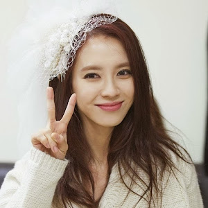 Who is Song Ji Hyo?