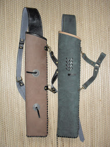 Both for side and back combined quivers - for left handed shooters