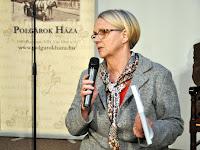 02 A Polgárok Háza rendezvénye résztvevőinek köszöntése .JPG
