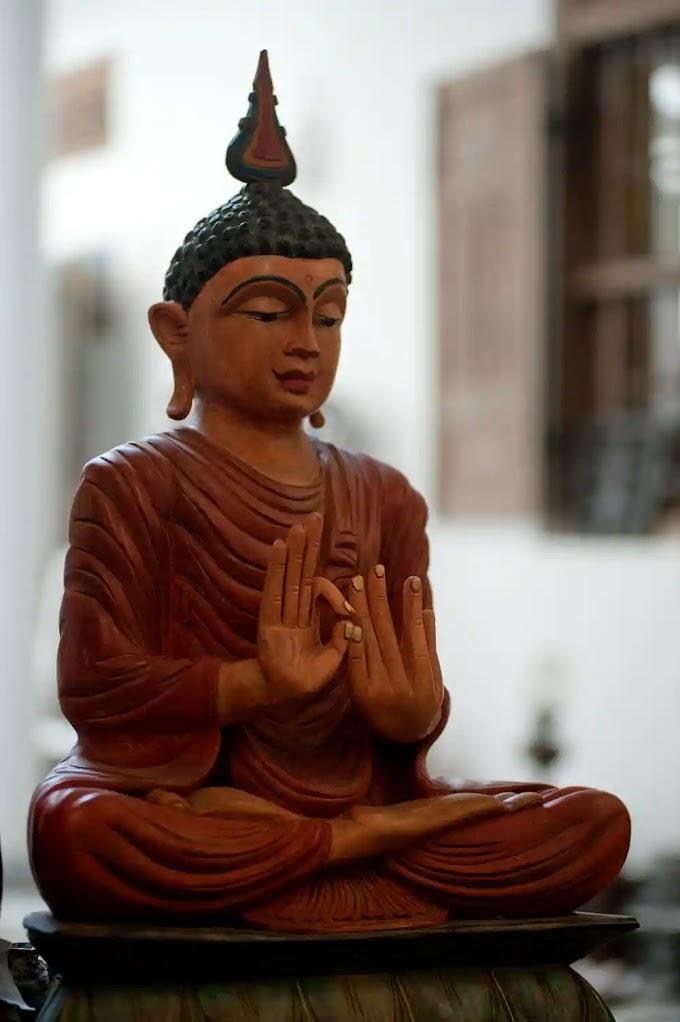 हिन्दी : Story Of Gautam Buddha Biography in hindi   महात्मा बुद्ध