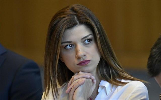 Κ. Νοτοπούλου: «O «ανέμελος» πρωθυπουργός εγκαινιάζει ΜΕΘ χωρίς προσωπικό στη Θεσσαλονίκη