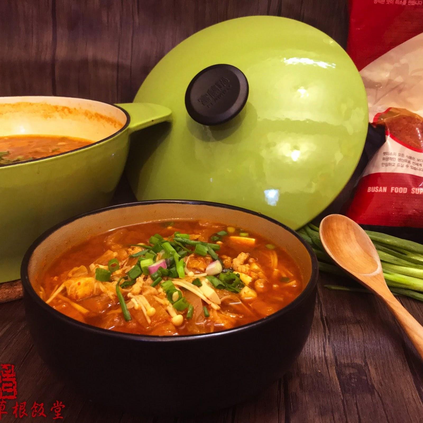 泡菜豆腐鍋 Kimchi stew (Kimchi-jjigae)