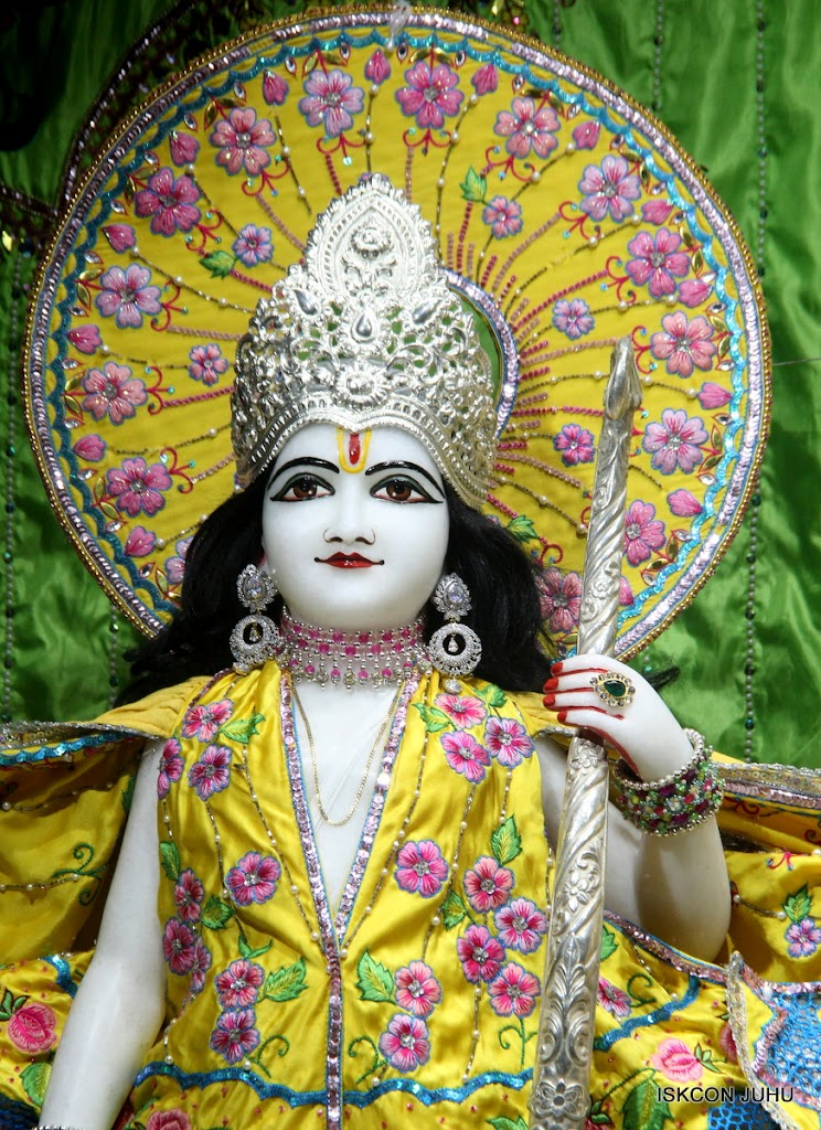 ISKCON Juhu Mangal Deity Darshan on 2nd July 2016 (11)