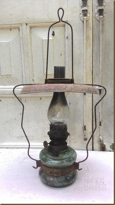 Lampu minyak jadul antik asli barang tua orisinil
