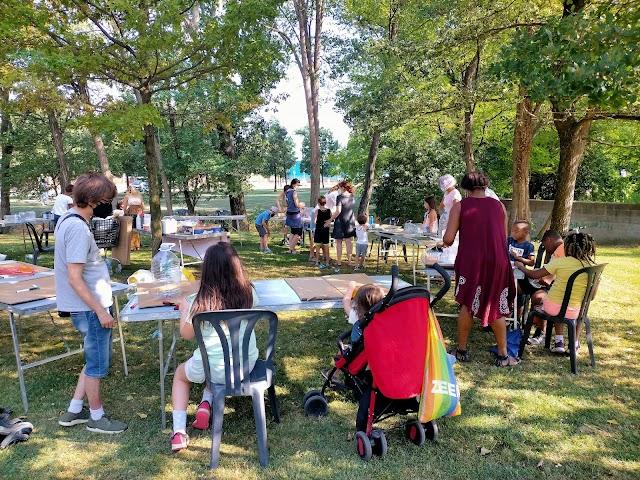 """Èxit de les """"tardes d'estiu al carrer"""" en places i parcs de Vic"""