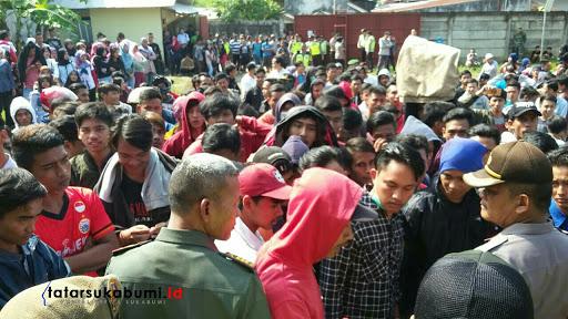 Hari Pertama Puasa, Karyawan Pabrik di Sukabumi Demo Tuntut Gaji