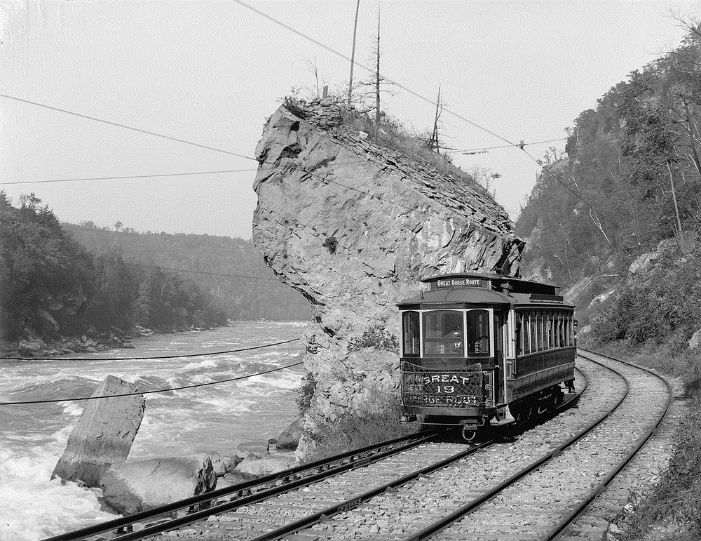 niagara-gorge-railroad-1