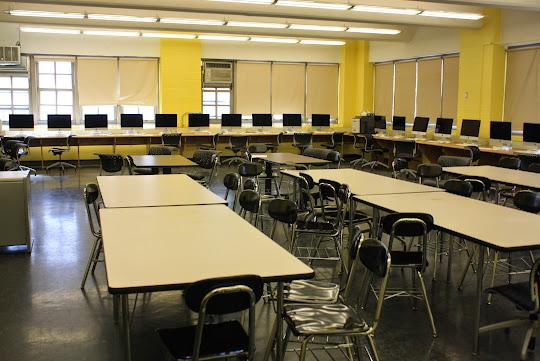 Metal detectors in schools essay