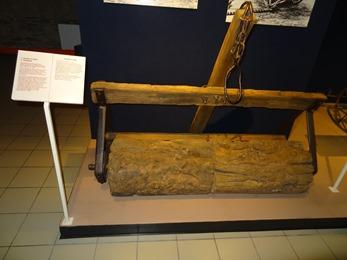 2018.07.01-030 rouleau dans le musée