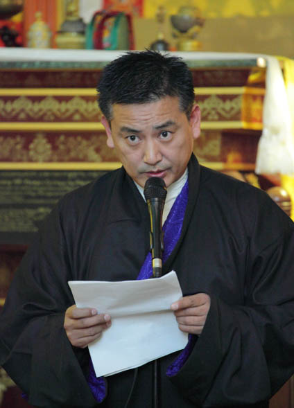 22nd Nobel Peace Prize Anniversary - Prayer/Potluck @ Sakya Monastery - 72%2B0199HHDL%2BNobel%2BAnniversary.jpg