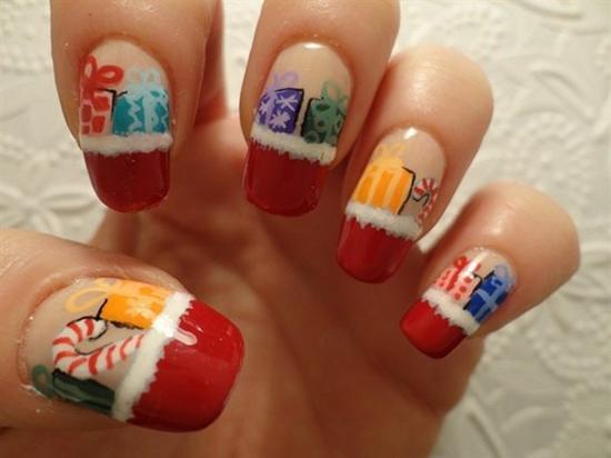 30 Beautiful Christmas Nail Art Designs: BEAUTIFUL CHRISTMAS NAIL ART DESIGNS