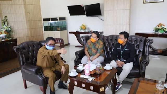 Tindaklanjuti Aspirasi Mitra Ojol, Wawako Hendri Septa Bertemu Gojek Padang.