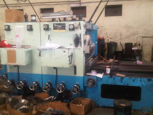 Mesin Gelombang Kardus /Corrugated flute grinding machines