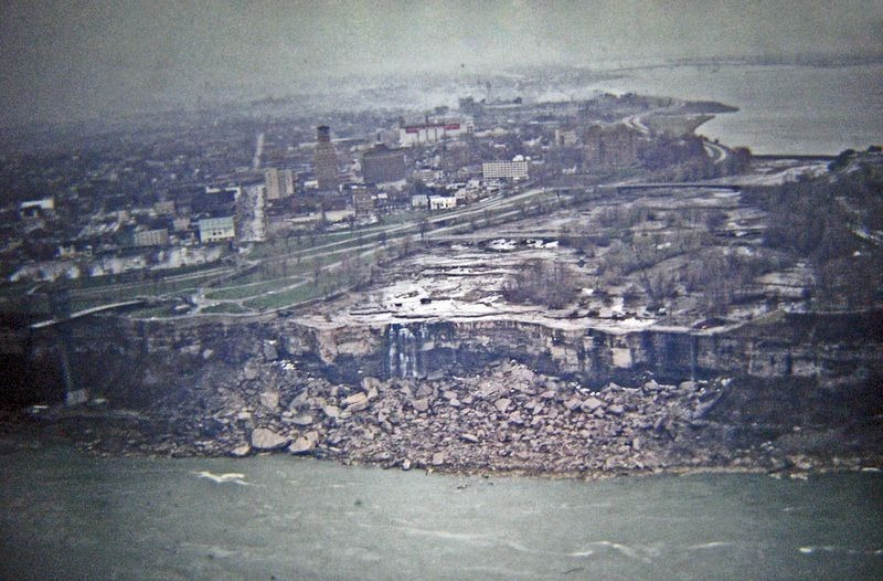 niagara-falls-turned-off-1969-1