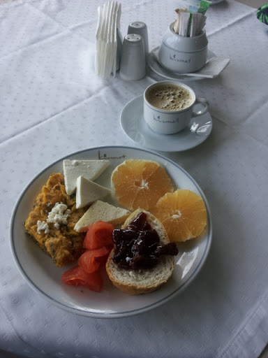 Breakfast, Hotel Kismet, Kusadasi, Turkey