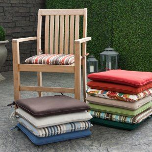 Renovar los muebles de exterior con cojines somosdeco - Cojines para sillas ...
