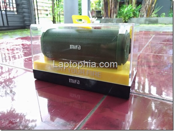 Unboxing Mifa F7 Outdoor Bluetooth Speaker