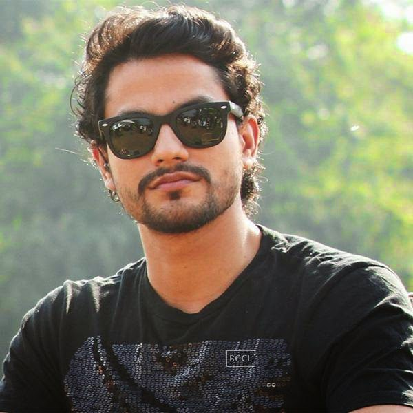 Kunal has changed into a hunk now with a major female fan following. Click next too see Tom Cruise's yesteryear look!