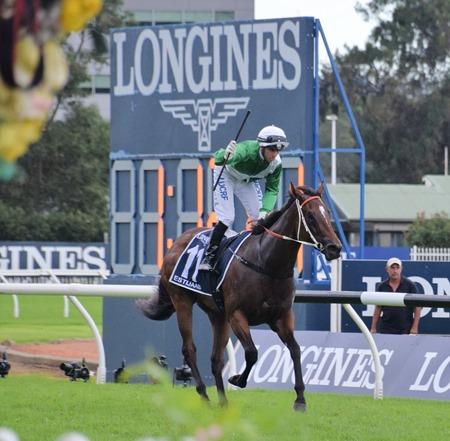 race 7_golden slipper_estijaab 4