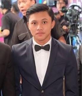 rizky febrian anak sule menang di dahsyatnya awards 2016 pendatang baru