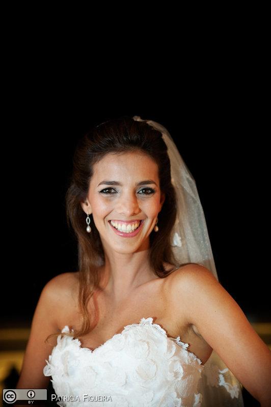 Foto de casamento 0268 de Renata e Cristiano. Marcações: 28/08/2010, Casamento Renata e Cristiano, Fotos de Maquiagem, Maquiagem, Maquiagem de Noiva, Olivia Quintanilha, Rio de Janeiro.