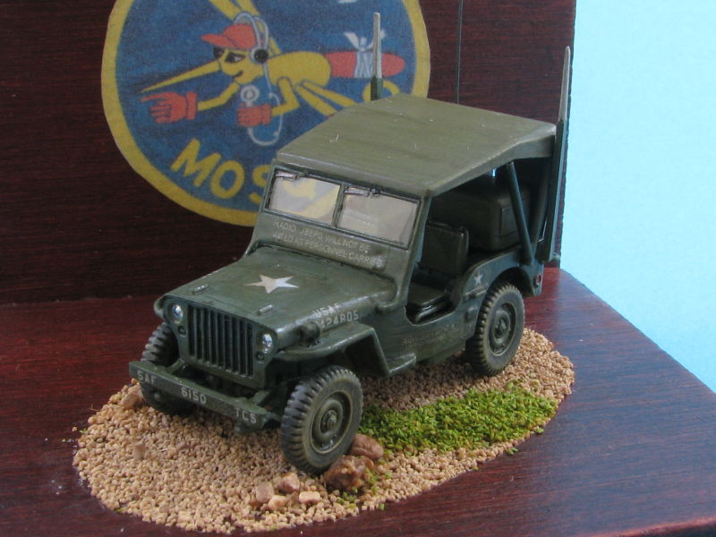 Airfix Willys jeep - Heller Texan