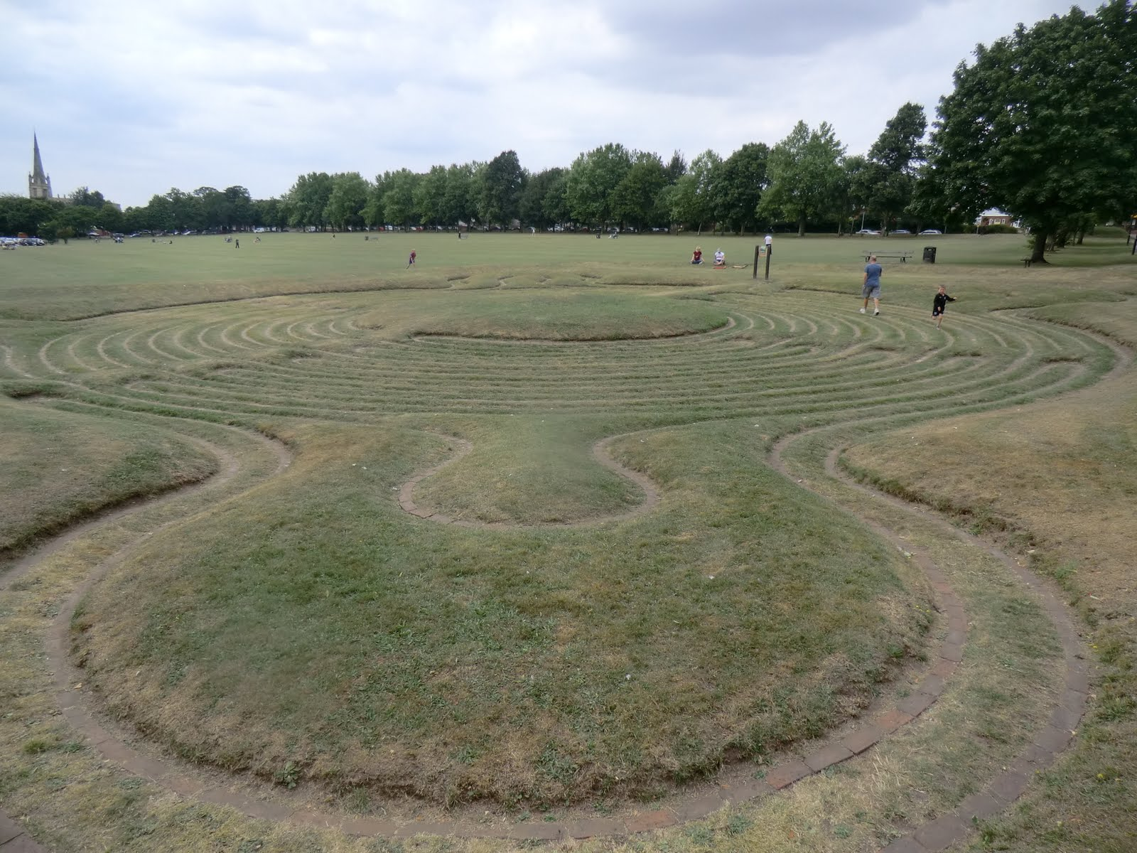 CIMG6012 Turf Labyrinth, Saffron Walden