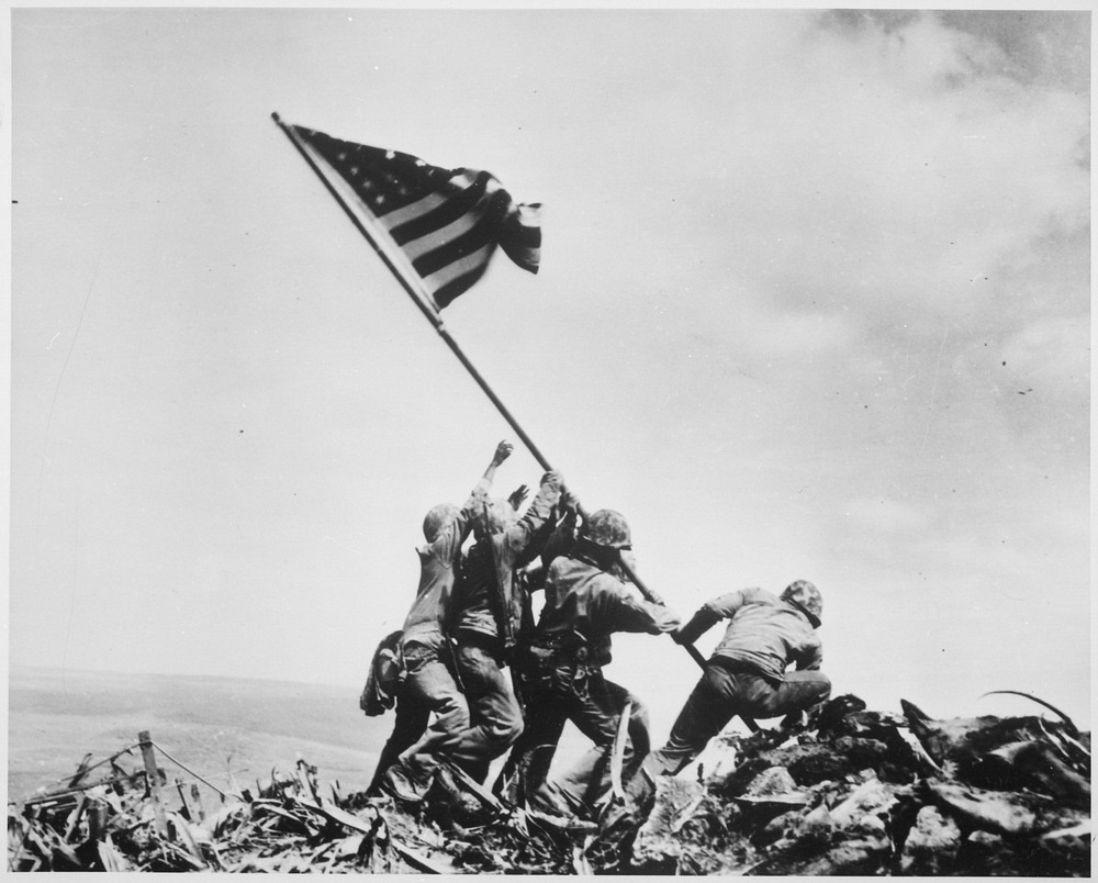 raising-the-flag-iwo-jima