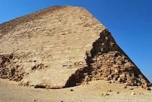dahshur-bent-pyramid-ne-corner