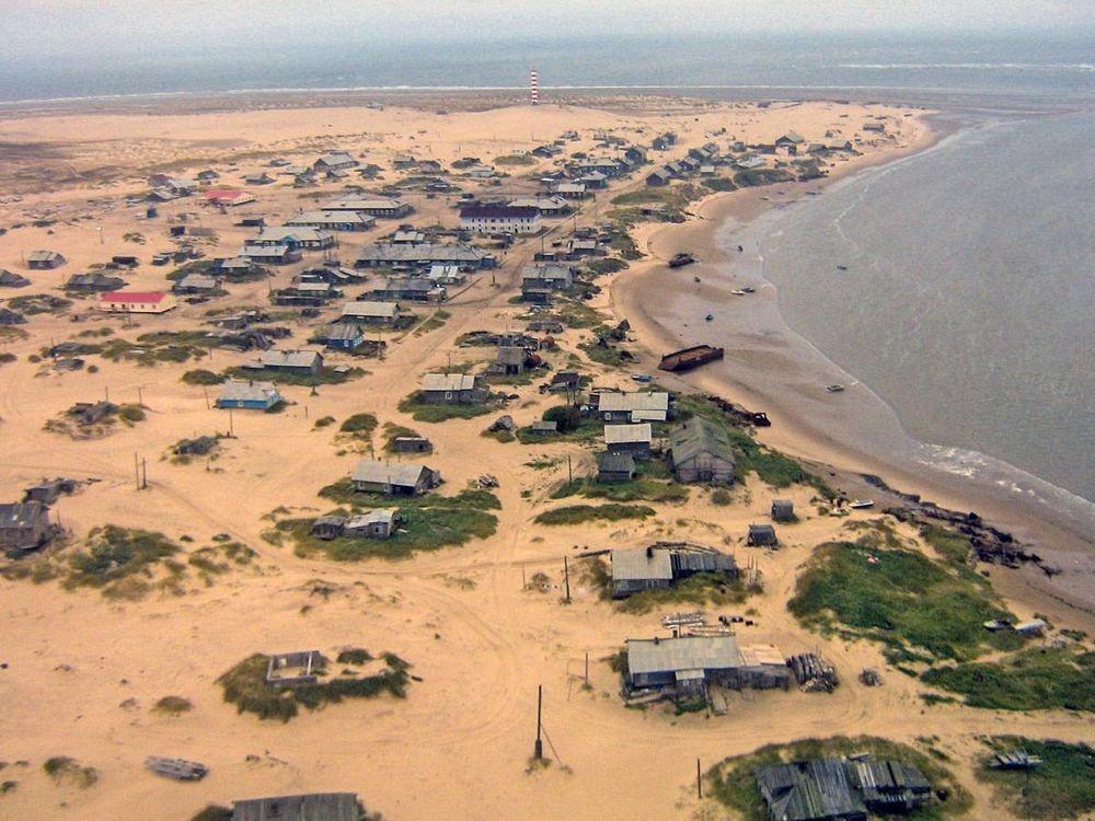 Conheça a Vila Shoyna, a vila enterrada na areia