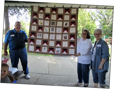2017 Weber Kuhn Heritage Quilt, Dick and Janet Jenkins winners - with Marti Fleetwood, the quilter.