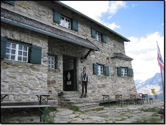2635-Sue-outside-Friesenberg-Hut
