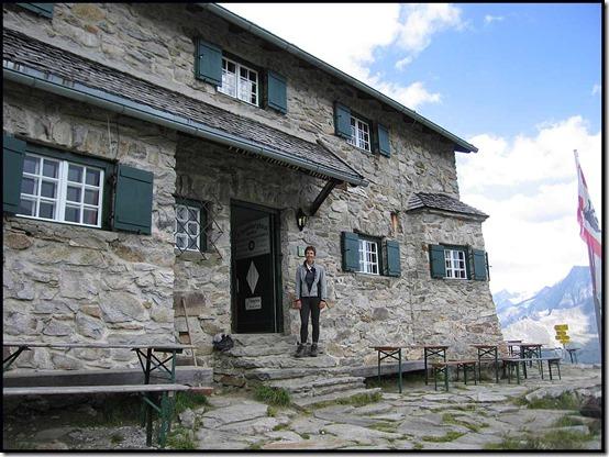 2635-Sue-outside-Friesenberg-Hut