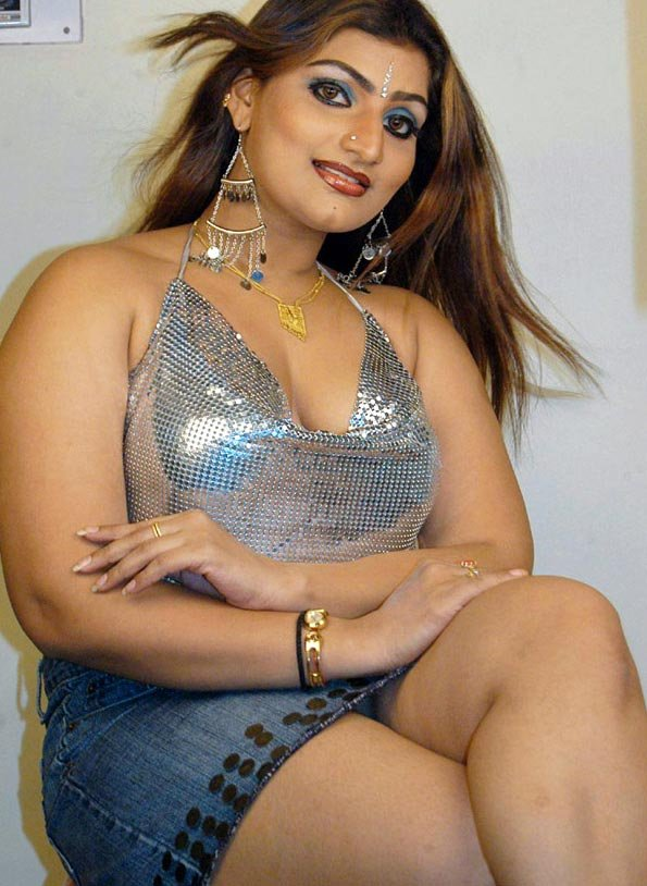 Sexy tamilnadu aunties photo