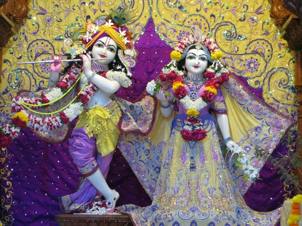 ISKCON Aravade Deity Darshan 22 Dec 2015 (8)