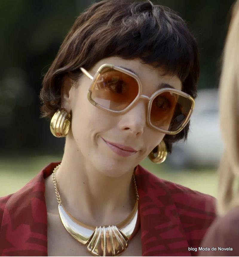moda da novela Boogie Oogie - óculos da Leonor dia 6 de agosto