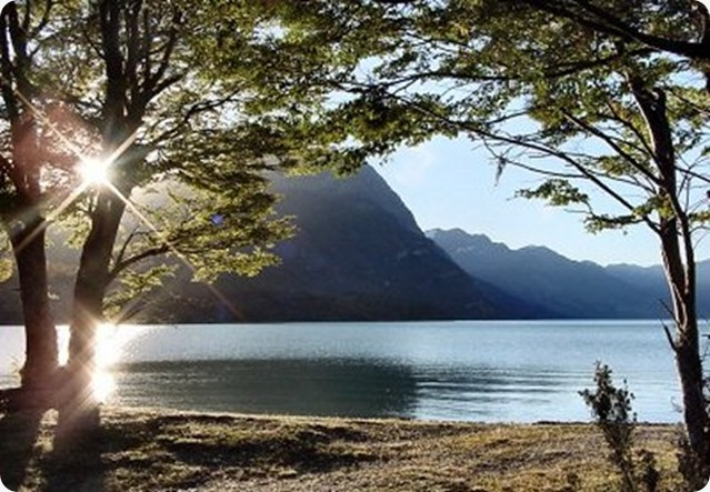 Tierra-del-Fuego-lago-escondido