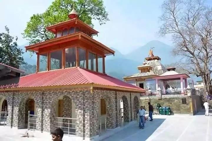 Kashi Vishwanath Temple Uttarkashi  Front View