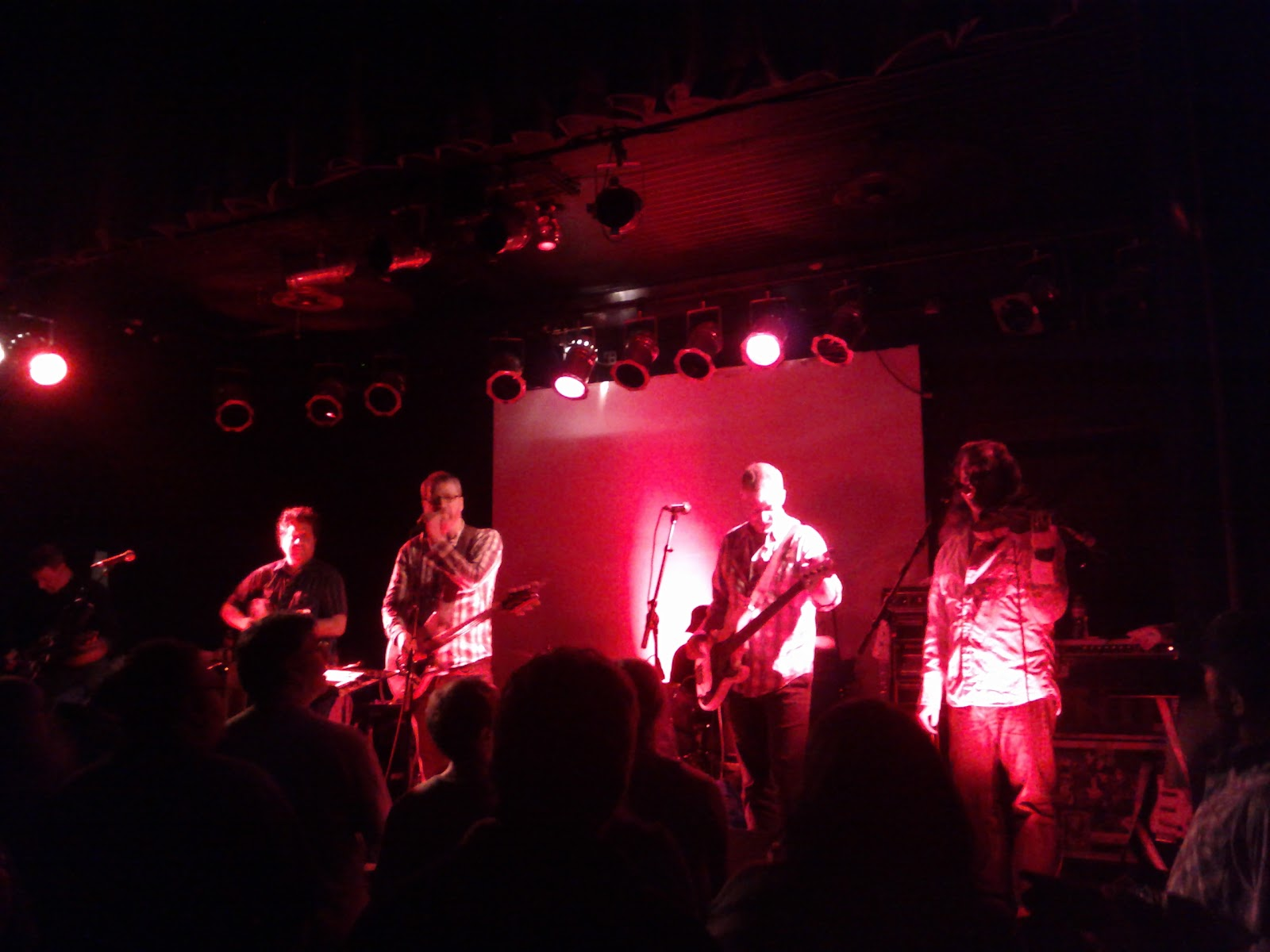 Cracker and Camper Van Beethoven - Fitzgeralds - IMG_20110519_210032.jpg
