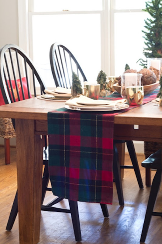 christmas-table-runner3-1-of-1