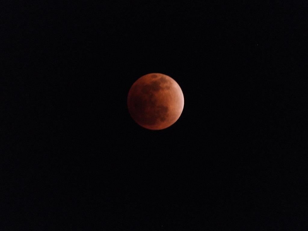 Lunar Eclipse on December 10, 2011 (Captured from Madurai)