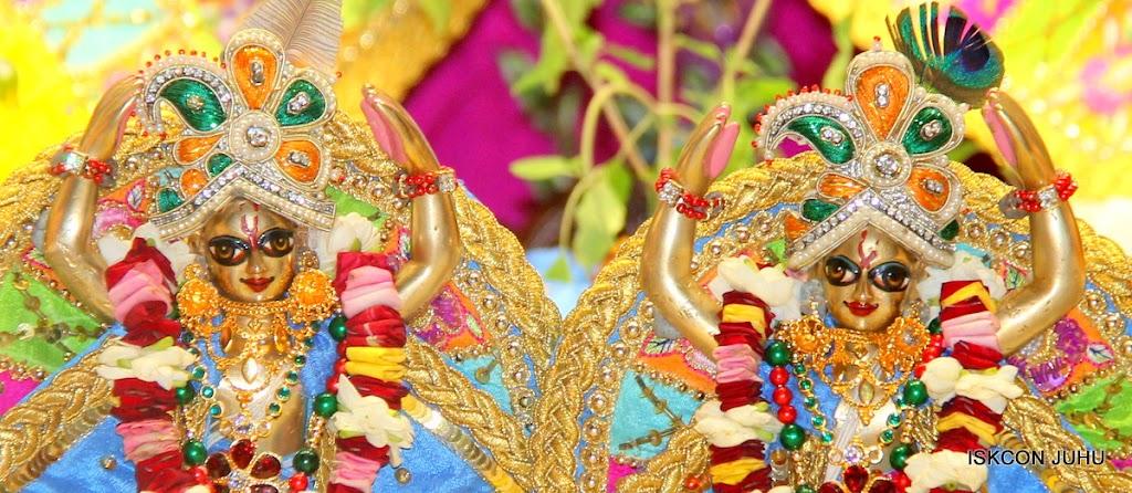 ISKCON Juhu Sringar Deity Darshan on 29th April 2016 (54)