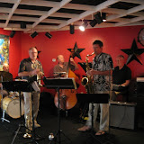 The Unique Café in Gulf Breeze was packed with musicians and jazz lovers for the August Jazz Jam, led by Roger Villines and an all-star house band: Steve Gilmore on bass, David Shelander on piano, and George Neidorf on drums. It was also a birthday celebration for longtime JSOP member and dedicated live music supporter Teet Crumlish.