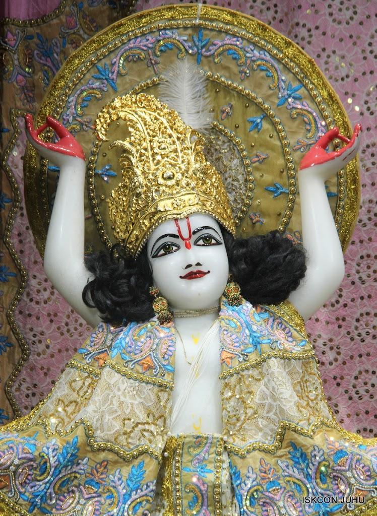 ISKCON Juhu Mangal Deity Darshan on 29th May 2016 (30)