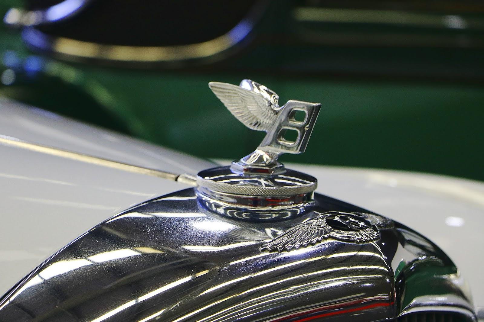1951 Bentley Mk VI Lightweight (05).jpg