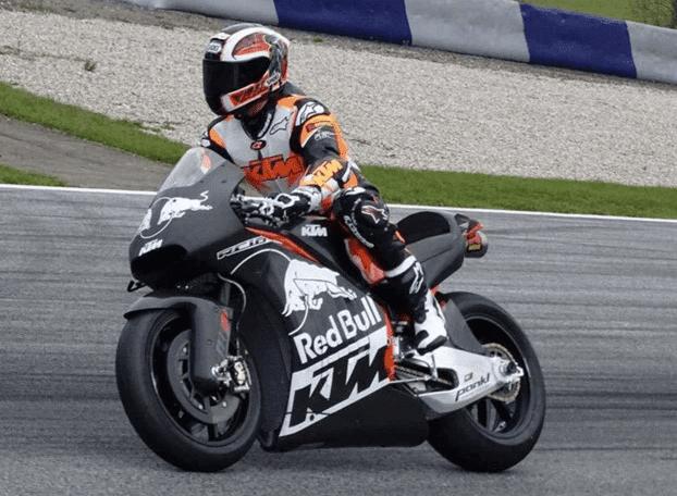 ★KTM MotoGPバイクRC16をテスト