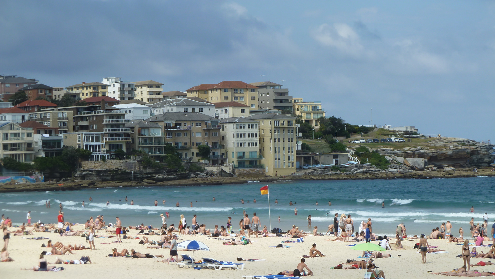 how to get to bondi beach from circular quay