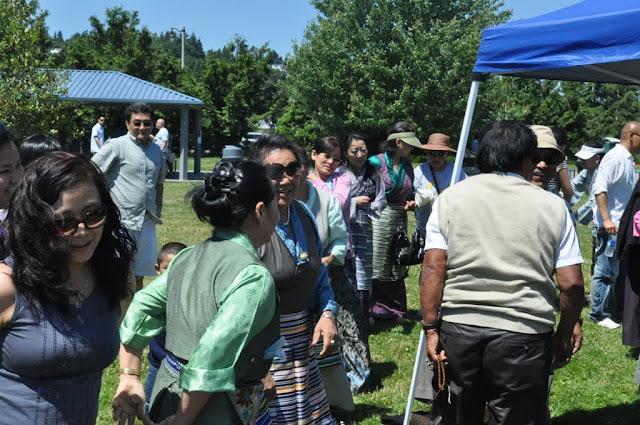 TAW celebrating H.H the Dalai Lama Bday at Magnuson Park 2011 - Trungkar--Magnuson%25252520park%25252520016.JPG