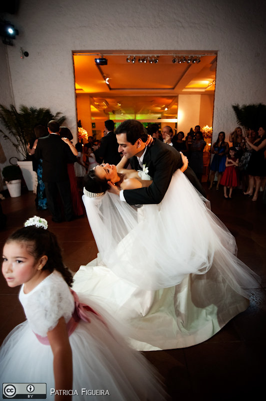 Foto de casamento 1752 de Nathalia e Fernando. Marcações: 04/12/2010, Casamento Nathalia e Fernando, Niteroi.