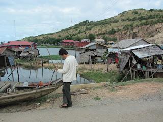 0001Tonle_Sap_Lake_Floating_Village